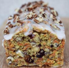 carrots carrot envies cake mes moi et CARROT CAKE Mes envies et moiYou can find Best carrot cake recipes and more on our website Healthy Protein Breakfast, Healthy Cake, Healthy Cookies, Cookies Vegan, Cake Cookies, Vegan Carrot Cakes, Best Carrot Cake, Brownie Recipes, Cake Recipes