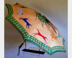 Quill and Beadwork Pikuni Horse Lodge Parasol by Jackie Larson Bread (Blackfeet) Native American Crafts, Native American Beadwork, American Indians, Native Style, Native Art, Native Drawings, Cowgirl Look, Eskimo, American Paint