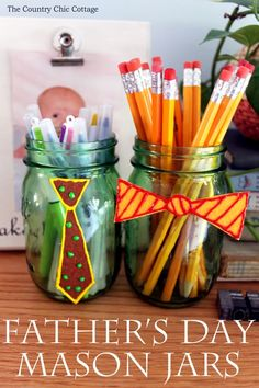 Make these Father's Day mason jars with the kids and give to Dad for a gift! Diy Father's Day Gifts Easy, Father's Day Diy, Fun Crafts, Diy And Crafts, Crafts For Kids, Perfect Gift For Dad, Gifts For Dad, Mason Jar Crafts, Mason Jars