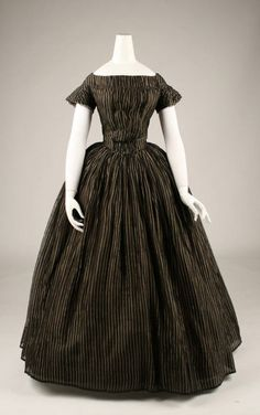 1840s half-mourning dress via the Costume Institute of the Metropolitan Museum of Art