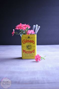 Make this fun craft to get your kitchen organized making it easier to jot down notes with this fridge pen holder, upcycled out of an old spice tin!