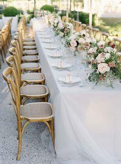 THE WEDDING – TABLE SETTINGS
