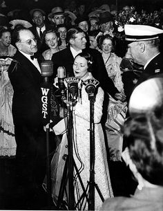 Margaret Mitchell, author of the bestselling novel 'Gone With The Wind' attends the premiere. Julian Boehm, (left). (AJC Staff Photo/Kenneth Rogers) 1939