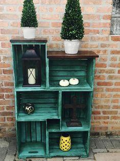 Wooden Crate Shelves, Crate Bookshelf, Wood Crates, Bookshelf Ideas, Crate Desk, Crate Storage, Wood Crate Diy, Crate Table, Refurbished Bookshelf