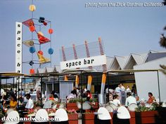 Tomorrowland Sapce Bar, Disneyland, August 1955