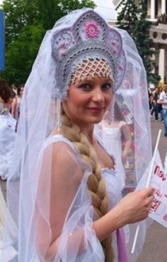 Russian bride in white gown and traditional folk crown - KEEP - To go BACK TO ARTICLE, click here: http://www.boomerinas.com/2014/07/18/folk-wedding-dresses-3-kinds-of-folkwear-for-boho-brides-plus-modern-wedding-wear/