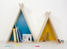 Kindermöbel - Tipi - Regal groß - ein Designerstück von julicadesign bei DaWanda
