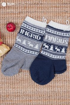 Strikk koselige julestrømper til jul - velg navn og farger! Gloves, Beige, Winter, Threading, Winter Time, Mittens