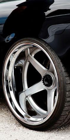 Nice deep dish alloy wheels