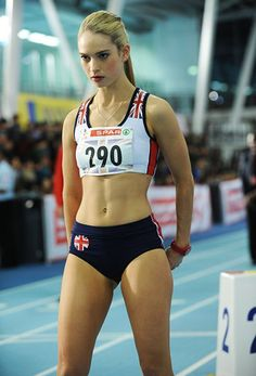 Lily James young photos best and new movies tv shows early acting career body measurements height weight hair color. Foto Sport, Beautiful Athletes, Athletic Girls, Lily James, Sporty Girls, Track And Field, Female Athletes, Sports Women, Fitness Inspiration