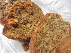 Κέικ καρότου χωρίς μίξερ Greek Sweets, Greek Desserts, Greek Recipes, Quick Recipes, Cooking Recipes, Healthy Recipes, Easy Desserts, Greek Cake, Healthy Snaks
