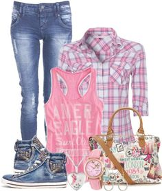 Take a look at the best cute back to school clothes in the photos below and get ideas for your school outfits!!!