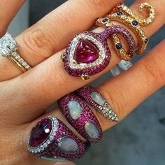 Besties. 🐍💖👯 #regram @daniellegadi #wendyyue #finejewelry #jewelrydesigner #luxury #diamonds opals #sapphires @ja_newyork