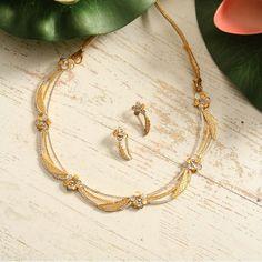 Chains Gold Jewelry Simple, Gold Rings Jewelry, Gold Jewellery Design, Stylish Jewelry, Wedding Jewelry, Jewelry Sets, Jewelery, Couture, Bvlgari