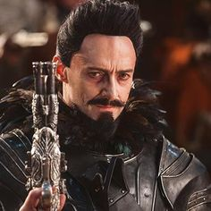 Movies: Hugh Jackman has trouble with his sword in Pan bloopers
