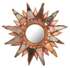 """Line VAUTRIN (1913-1997) Petit miroir """"Soleil à pointes"""", circa 1955-1960. Structure circulaire en résine talosel beige guillochée présentant vers l'extérieur une double couronne de pointes animées de miroirs roses à reflets irisés, bordés de talosel, vers le centre une couronne de petits carrés de miroirs et un cercle guilloché d'un mouvement hélicoïdal. Non signé.  Diam. 13cm"""