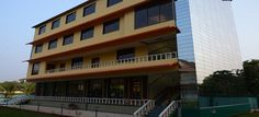 Welcome to Hotel Kuber Palace, one of the best hotel in sKonkan. Experience a comfortable stay in a Kuber Palace. The staffs of the one hotel one rates realise this and are happy to cut corners so that you can make more out of your stay in the hotel. http://www.hotelkuberpalace.com