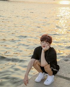 free Jung Subin aesthetic wallpaper for ALICE K Pop, Victon Kpop, Kpop Boy, Monsta X, The Voice, Fandom, Cute Family, Asian Boys, Boyfriend Material