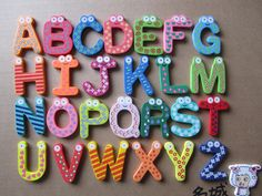 Early childhood cartoon queen 26 letters of the alphabet fridge magnet infant wooden magnetic stickers set price - Taobao