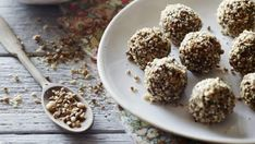 These raw carrot cake bliss balls are a sweet yet guilt-free snack for when those arvo muchies hit. Clean Eating Recipes, Raw Food Recipes, Wine Recipes, Paleo Food, Healthy Food, Snack Recipes, Dessert Recipes, Healthy Eating, Healthy Recipes