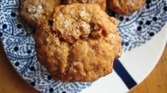 Chewy apricot oatmeal cookies with toasted almonds (and sea salt on top)