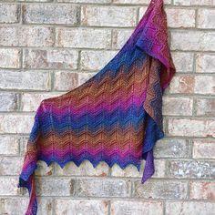 Ravelry: Crazy Magic Boomerang pattern by Susan Ashcroft