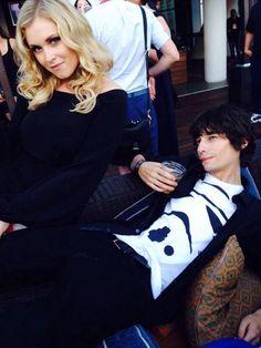 Eliza Taylor (Clarke Griffin) and Devon Bostick (Jasper Jordan). Clasper :DD || The 100 cast || SDCC