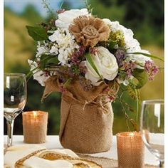 Add a touch of natural charm to weddings and special occasions with this brown burlap sheet. Easily trim with scissors to add to bouquets, centerpieces, table decorations and more.