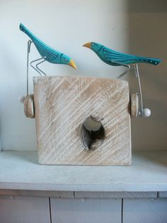 Double pecking birds on oak base by OPISHOP on Etsy, - Imagine these birds as crows! Woodworking Toys, Woodworking Projects, Pecking Bird, Wooden Crafts, Diy And Crafts, Kinetic Toys, Kinetic Art, Mechanical Art, Simple Machines