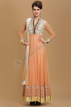 Beige Designer Anarkali Prix-164,02 € Concevoir-1529 Tissu-Polyester Couleur-Beige Décoration-Zari, Resham, naski, le zircon et dabka broderie Pour plus d'informations- http://www.andaazfashion.fr/womens/churidar-suits/designer-dusty-beige-polyester-long-anarkali-churidar-suit.html