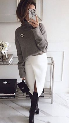 Chanel brooch Chanel Sweater, Grey Sweater Dress, Fashion Clothes, Modest Fashion, Fashion Outfits, Womens Fashion, Trendy Fashion, Fall Outfits For Work, Winter Outfits