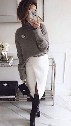 Grey sweater and white skirt for office - Herren- und Damenmode - Kleidung Work Fashion, Trendy Fashion, Winter Fashion, Fashion Looks, Womens Fashion, Fashion Fashion, Fashion Ideas, Fashion Stores, Grunge Fashion