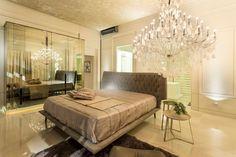 Camas ilhas - veja layouts de quartos com a cama no meio do ambiente!