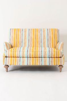 omg. obsessed with this loveseat!