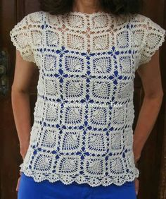 Nice, graph too, may make it with scoop neck. Crochet Bolero, Pull Crochet, Crochet Jacket, Crochet Blouse, Thread Crochet, Love Crochet, Crochet Motif, Beautiful Crochet, Knit Crochet
