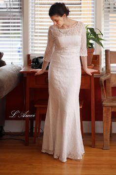 Retro Design 3/4 Sleeve Lace Bridal Wedding Dress Gown. by LAmei