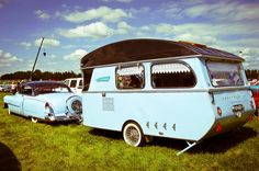 Blue vintage car and camper Vintage Campers Trailers, Retro Campers, Cool Campers, Vintage Caravans, Rv Campers, Camper Trailer Tent, Camper Caravan, Airstream Trailers, Vintage Rv