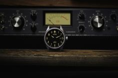 ByJovan Krstevski   If you're itching to back another Kickstarter, wait no more… there's a new kid on the block–welcome The Collins Automatic Watch.        The creator of this watch, Jimmy Collins, is a self-confessed dreamer and a