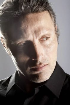 Mads Mikkelsen- I'm gonna come over there and kiss your mouth, Hannibal!