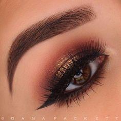 @loraccosmetics and @makeupgeekcosmetics shadows // Lorac 24k Liquid Lustre // @houseoflashes Pixie Luxe // @Eyeko Eye Do Liner // @anastasiabeverlyhills Ebony Dipbrow and Medium Brown Powder