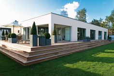 No one does contemporary design as well as the Danes. Patio Design, Exterior Design, House Design, Luxury Modern Homes, Luxury Houses, Home Building Design, Mansion Interior, Outside Living, Scandinavian Home