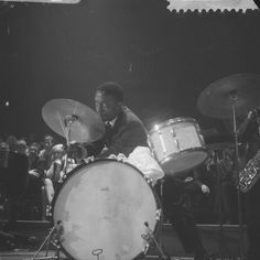 Art Blakey & the Jazz Messengers performing live at Concertgebouw in Amsterdam, November 14 and 15 1959 (photos by Herbert Behrens) American Idioms, Hard Bop, Cool Jazz, Jazz Musicians, Jazz Blues, Youth Culture, Rock N Roll, Music Instruments, Amsterdam Photos