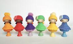 Crochet accessories for CLICQUES wooden figurines Cute Baby Gifts, Handmade Baby Gifts, Handmade Items, Crochet Hedgehog, Crochet Bunny, Crochet Hats, Crochet Elephant, Wooden Figurines, Crochet Accessories