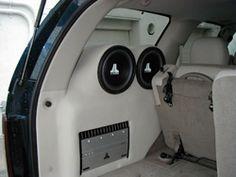 Custom Car Audio, Custom Cars, Custom Subwoofer Box, Car Dump, Car Audio Installation, Jl Audio, Vanz, Car Audio Systems, Car Sounds