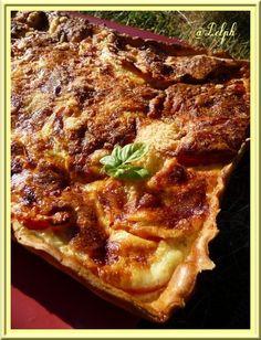La fille de mon amie Valérie fait un stage dans une laiterie, elle m'a gentiment proposé de la Ricotta, alors ce fut un plaisir de réaliser cette petite tarte avec de la bonne Ricotta.... Ingrédients: une pâte brisée 5 tomates fraîches 250 g de ricotta...