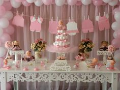 Pink and gold Baby Shower Party Ideas Idee Baby Shower, Girl Shower, Baby Shower Favors, Shower Party, Baby Shower Games, Baby Shower Parties, Party Box, Baby Party, Baby Shower Table Decorations