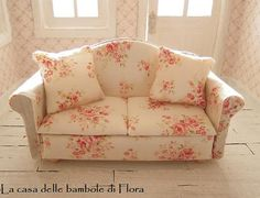 Romantic english cottage style sofa  1/12 dolls by FloraDollhouse, $65.00