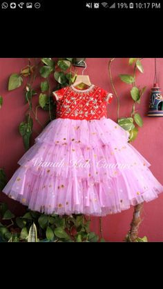 Baby Girl Dress Design, Girls Frock Design, Kids Frocks Design, Baby Frocks Designs, Kids Party Wear Dresses, Kids Dress Wear, Girls Maxi Dresses, Kids Gown, Long Frocks For Kids