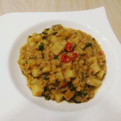 Rote Linsen-Curry mit Kokosmilch