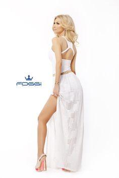 Fun Songs, Romania, Edm, Pretty Dresses, Celebrity Style, Two Piece Skirt Set, Lingerie, Entertaining, Fashion Outfits